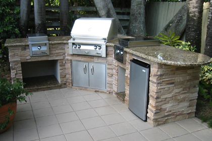 custom outdoor kitchen with alfresco built in grill accessories