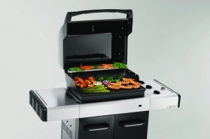 This weber gas grill is a reliable barbeque for lower heat cooking