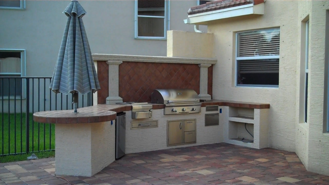 new custom outdoor kitchen in boynton beach florida gas grills parts fireplaces and service. Black Bedroom Furniture Sets. Home Design Ideas