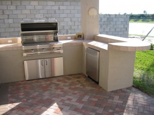 solaire infrared built in gas grill in custom outdoor kitchen and bar
