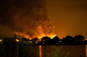 flames show propane explosion in florida at blue rhino location