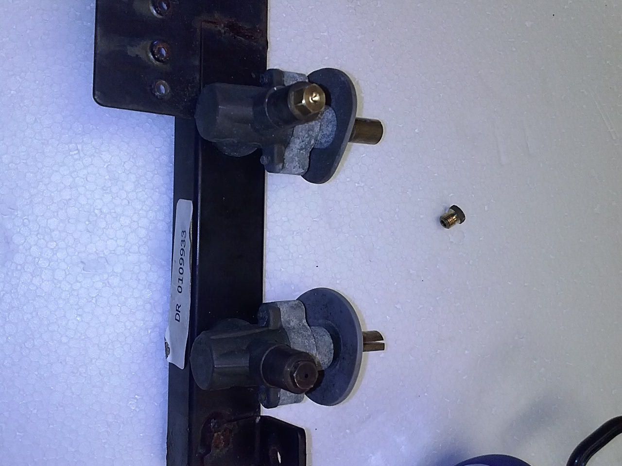 weber summit manifold and control valves with orifices converted for ng or lp