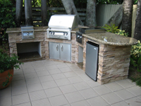 outdoor kitchen image 1