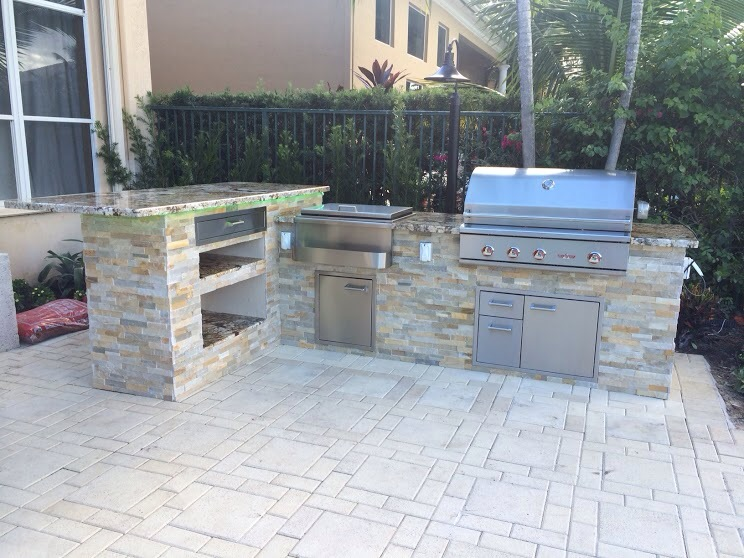 Custom Outdoor Kitchen And 90 Degree Bar Top Counter